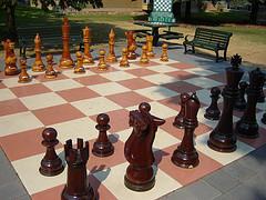 giant chess 881237524_f2e1477a3b_m